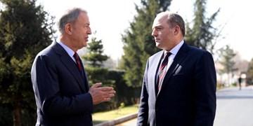 گفتوگوی وزرای دفاع ترکیه و انگلیس درباره لیبی و مدیترانه