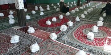 توزیع ۱۵۰۰ پرس غذای گرم در شهرک شهید بهشتی شاهرود+ تصاویر