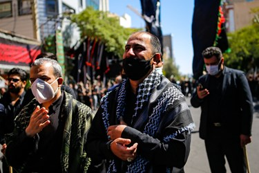 هیئت شاه حسین  گویان چرنداب -عزاداری روز عاشورا در خیابان های تبریز