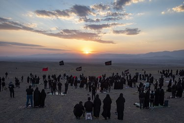 آیین عزاداری در صحرا در بیابانهای سمنان