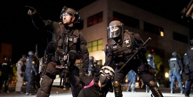 اعتراضات آمریکا| معترضان پورتلند خواستار استعفای شهردار شدند
