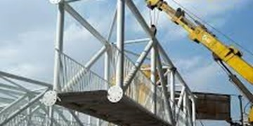 راهاندازی نخستین آسانسور پل عابر پیاده در شهر قم