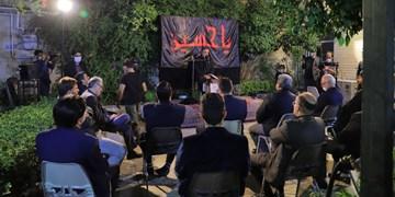 سوگنشینی قاریان قرآن برای سالار شهیدان+عکس
