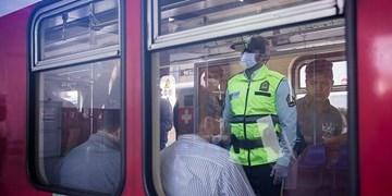 با مأمور رزمیکار پلیس؛  از امر به معروف در مترو تا دستگیری دزدان و سارقان!