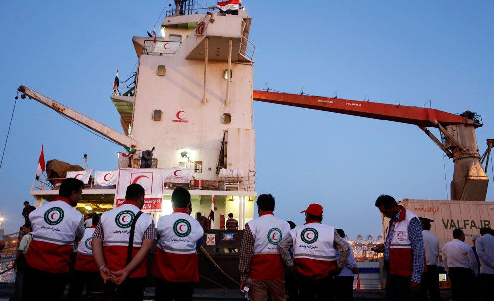 13990615001130 Test NewPhotoFree - گفتوگو با خبرنگار حاضر در کشتی «نجات» | یمن را خبر یک جهان کردیم