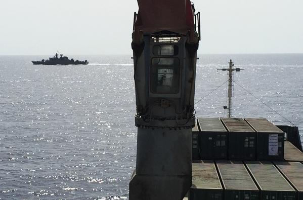 13990615001133 Test NewPhotoFree - گفتوگو با خبرنگار حاضر در کشتی «نجات» | یمن را خبر یک جهان کردیم