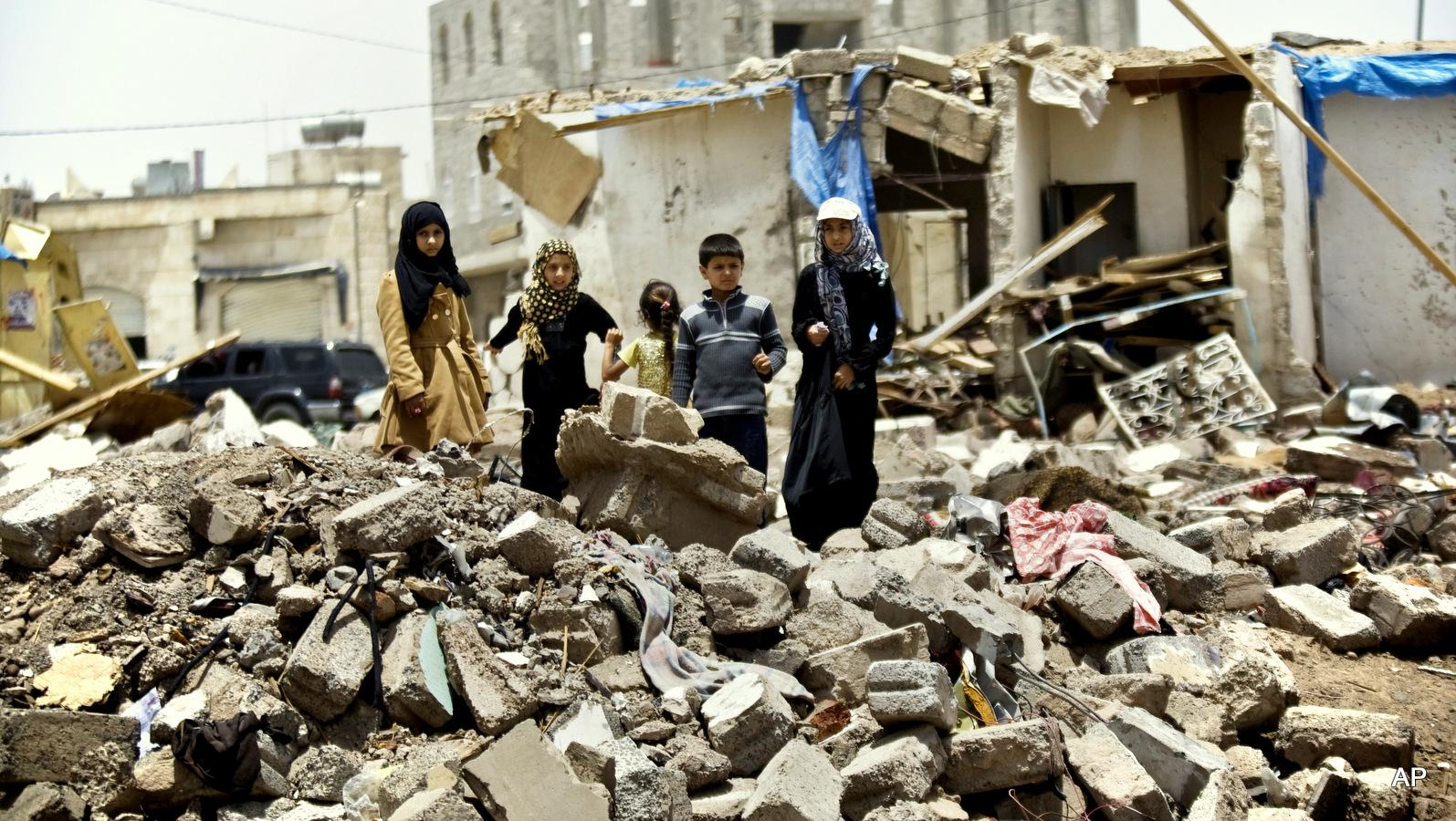 13990615001141 Test NewPhotoFree - گفتوگو با خبرنگار حاضر در کشتی «نجات» | یمن را خبر یک جهان کردیم