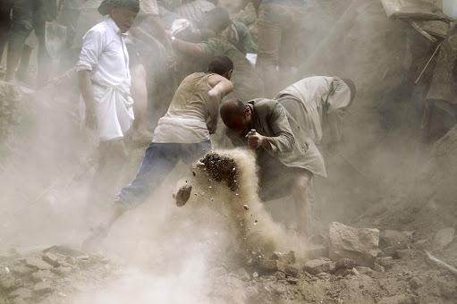 13990615001142 Test NewPhotoFree - گفتوگو با خبرنگار حاضر در کشتی «نجات» | یمن را خبر یک جهان کردیم