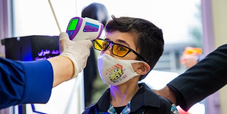 ۸۵ درصد معلمان و دانشآموزان ماسک میزنند/ رعایت فاصلهگذاری در ۸۶ درصد مدارس