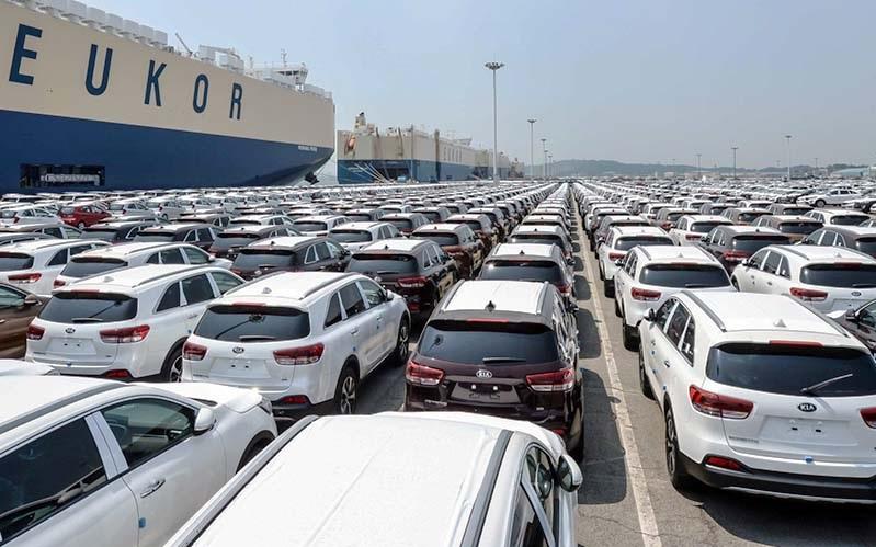 اما و اگرهای واردات خودرو در سال آینده - اخبار بازار ایران