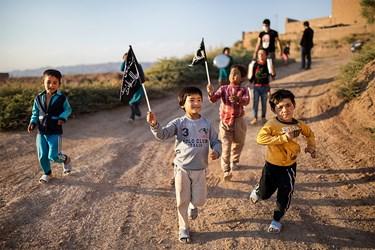 شادی و نشاط کودکان از حضور گروه جهادی حنیفا