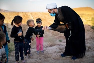 حضور حجت الاسلام مهدی اکبری معروف به حاجی روحانی در کوره های آجرپزی خاورشهر تهران