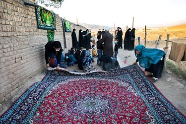 آماده سازی فضای کوره آجرپزی برای برگزاری مراسم عزاداری