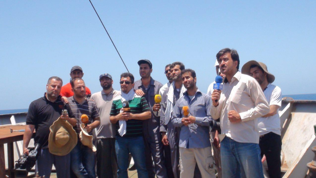 13990617001103 Test NewPhotoFree - گفتوگو با خبرنگار حاضر در کشتی «نجات» | یمن را خبر یک جهان کردیم