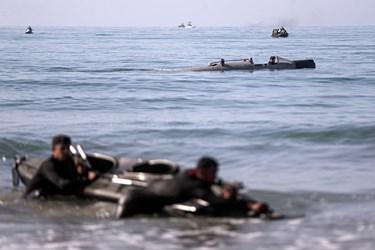 عملیات تاخت آبخاکی توسط تکاوران و تفنگداران نیروی دریایی ارتش