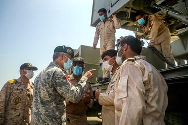 توضیحات دریادار حبیبالله سیاری معاون هماهنگ کننده ارتش به اپراتور   سامانه موشکی ولایت-2