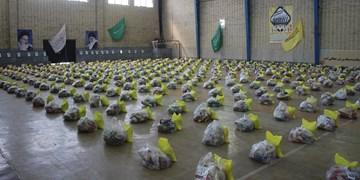 توزیع ۱۰۰۰ بسته معیشتی بین نیازمندان شاهرود