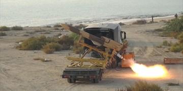 بمباران اهداف زمینی توسط پهپاد کرار با بمبهای ۵۰۰ پوندی در رزمایش نهاجا
