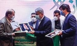 اهدای مدال طلای قهرمانی آسیای بهداد سلیمی به موزه آستان قدس رضوی