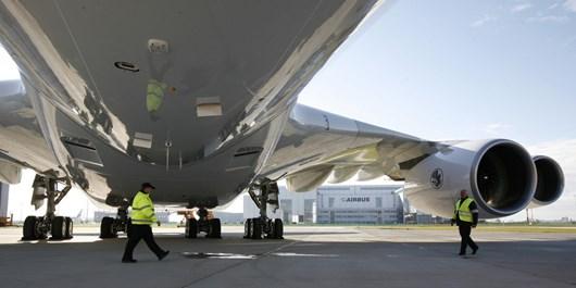 ایرباسهای 380 امارات از بی مسافری، بارکش شدهاند