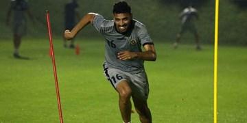 هافبک سابق سپاهان راهی لیگ عمان می شود