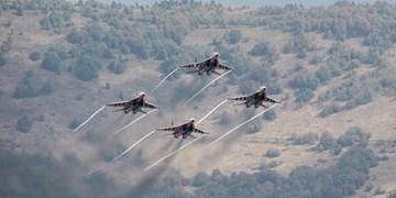 جنگندههای روسیه مواضع تروریستها را در ادلب به شدت بمباران کردند