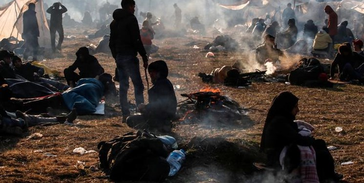 آتشسوزی در کمپ پناهجویان یونان 8 هزار افغان را آواره کرد