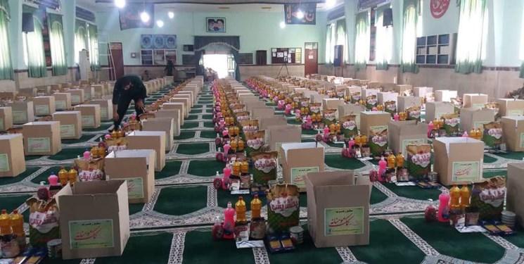توزیع ۱۵۰ بسته معیشتی توسط پاسداران تیپ میرزاکوچک خان در مناطق محروم