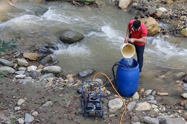 پر كردن مخزن آب براي عمليات سم پاشی