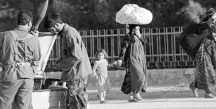 به روایت عکس1/جوانی که با برنوی پدرش به جنگ آمد