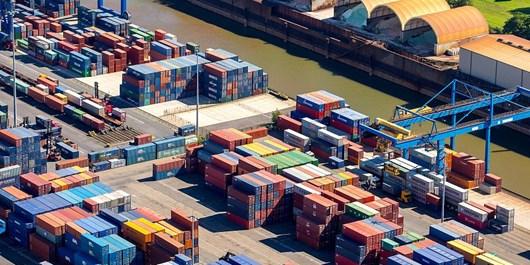 تجارت خارجی از مرز 44 میلیارد دلار گذشت/ عراق و چین مهمترین مقاصد صادراتی ایران شدند