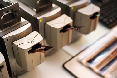 دستگاه اسکن  نگاتیوهای قطع کوچک(135)