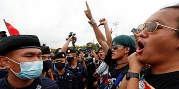 تظاهرات دهها هزار نفری در تایلند علیه دولت و پادشاه
