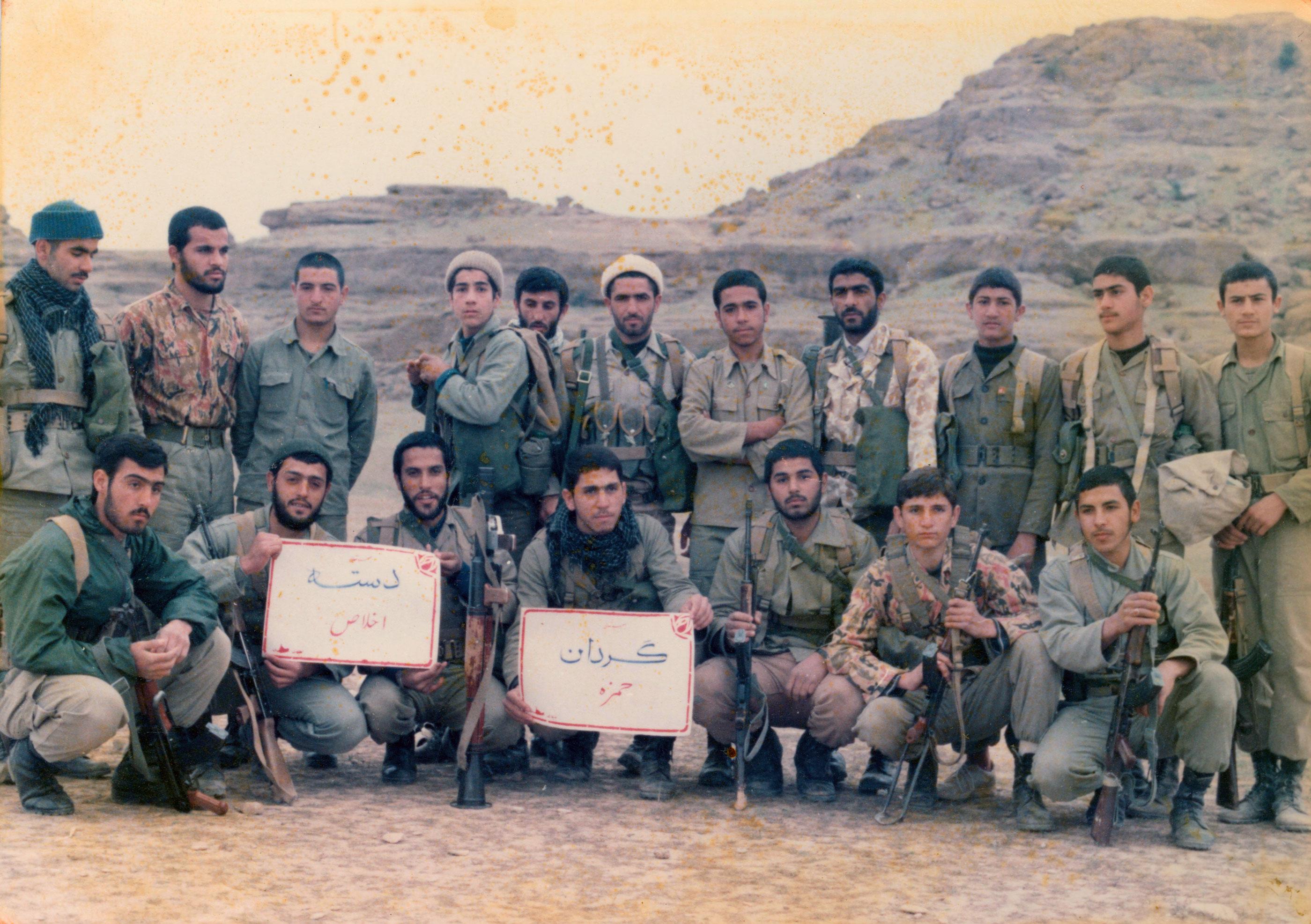 13990630001126 Test NewPhotoFree - مداحی که در جبهه کودکستان راه انداخت/ آخرین حرفها با حاج محمدرضا طاهری