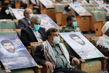 عکس| ارتباط تصویری رزمندگان هرمزگان با رهبر انقلاب