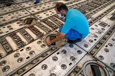 بررسی نهایی قلتک های باربری بوئینگ آمریکایی توسط متخصصان ایرانی در آشیانه شماره یک ایرانایر در فرودگاه مهرآباد