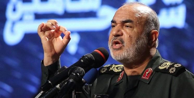 سردار سلامی: هیچ انفکاکی بین سپاه و ناجا نیست/ برخورد پلیس با اراذل و اوباش مورد قبول مردم بود