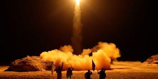 عربستان سعودی از جراحت ۵ نفر در عملیات موشکی علیه جیزان خبر داد