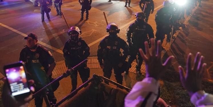دومین شب اعتراضات کنتاکی | پلیس نماینده سیاهپوست را هم بازداشت کرد!