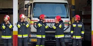 آتشنشانان با کمترین امکانات بهترین خدمات را ارائه دادند