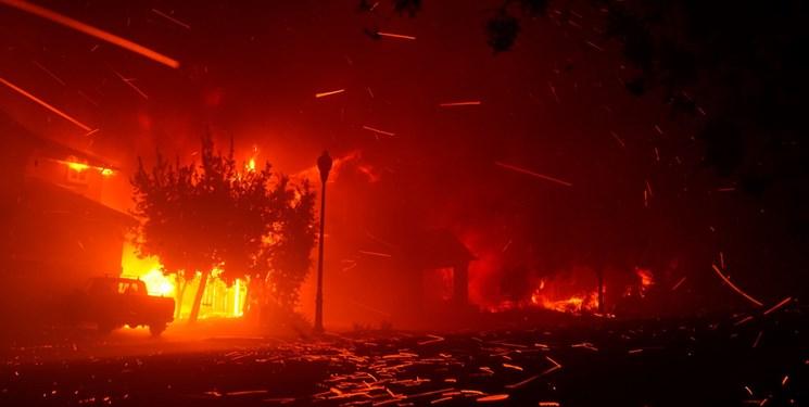 آتشسوزی کالیفرنیا ظرف یک ماه بیش از ۴۰۰ هزار هکتار را سوزاند