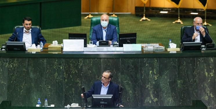 جزئیات جلسه غیرعلنی پارلمان با وزیر صنعت/ رزمحسینی از برنامه وزارت صمت برای حذف دلالان خبر داد