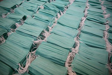 ماسک های تولید شده در شهرک صنعتی اشتهارد آماده بسته بندی