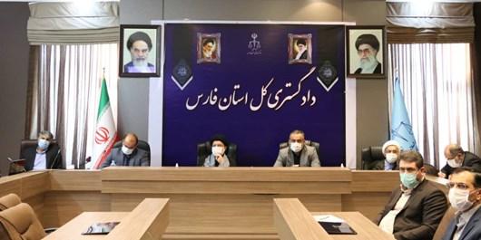 جلوگیری از بیکاری سه هزار و ۲۰۰ کارگر در استان فارس به همت دستگاه قضا
