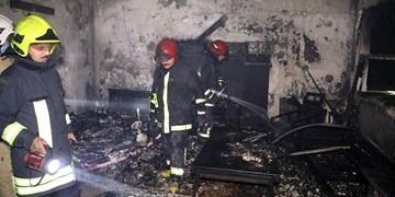 آتش سوزی مجتمع مسکونی در ارومیه مهار شد