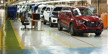 فارس من| خودروسازان به جای تحویل خودرو، آن را در بازار می فروشند