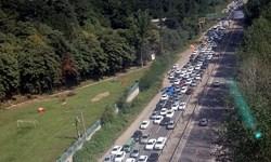 ترافیک سنگین در محدوده تونل کندوان جاده چالوس/ترافیک جادهها بیشتر شد