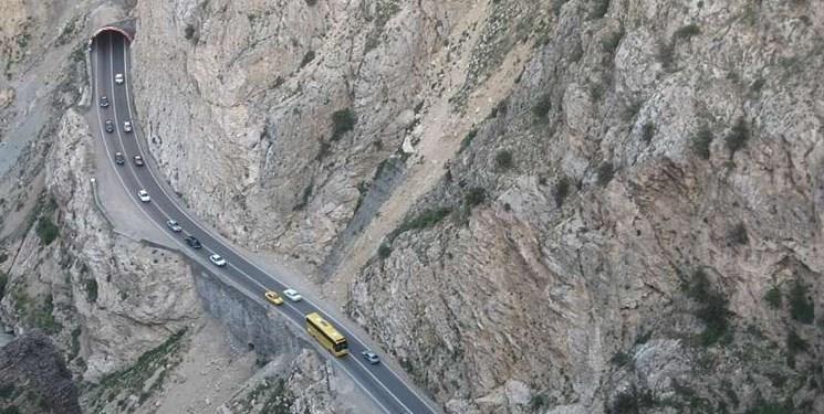 انسداد محور هراز تا ساعت 17 امروز/ترافیک سنگین در مسیر جنوب به شمال محور کندوان
