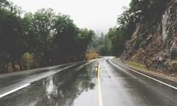 برف و باران در هراز و فیروزکوه/محدودیت تردد کامیون در هراز در روز 30 آبان