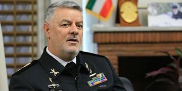 دریادار خانزادی: اولین هاورکرافت بومی به ناوگان نیروی دریایی ارتش ملحق میشود